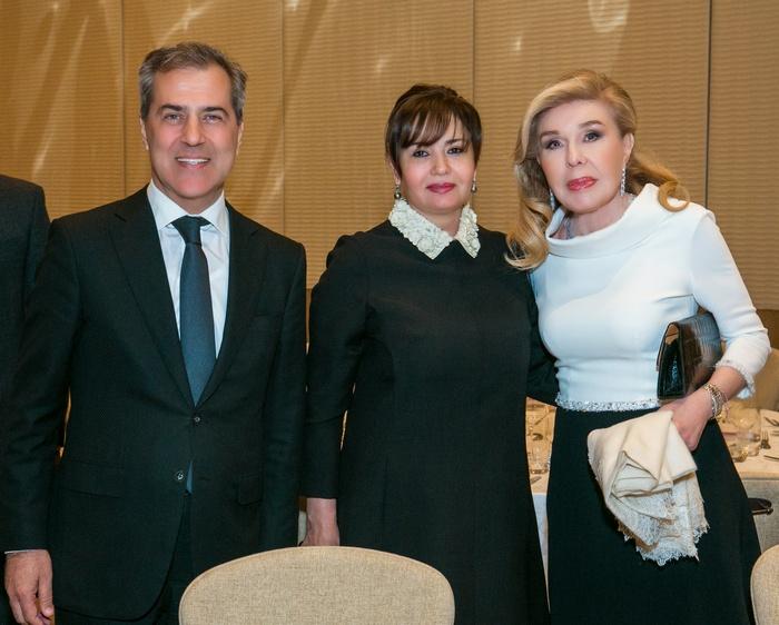 Nazim Ibrahimov, η σύζυγός του κυρία Minaya Ibrahimova , η κυρία Μαριάννα Β. Βαρδινογιάννη