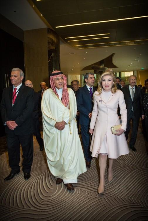 Turki Al Faisal, Μαριάννα Β. Βαρδινογιάννη
