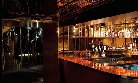 Το μπαρ του Silencio