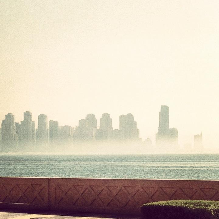 Σχεδόν κάθε πρωι έχει ομίχλη, αλλά μπορώ να σου πω πως είναι κάπως μαγική, ρομαντική...