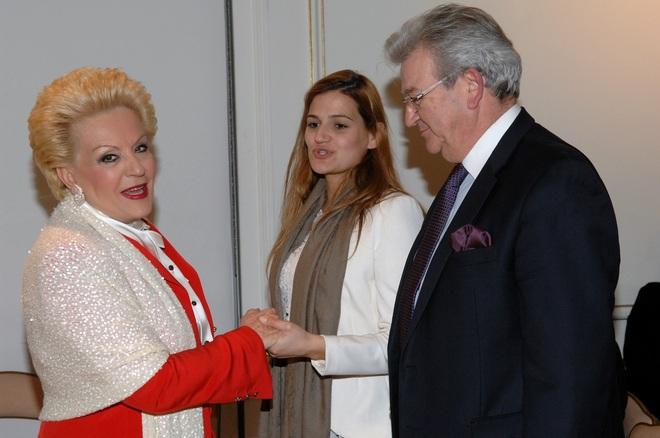 Η Ρούλα Λεβέντη με τον κο Φώλια και την κόρη του