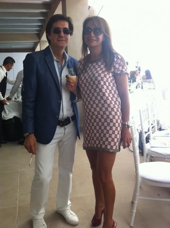 Δύο αγαπημένοι φίλοι μου, ο Χάρης Τσιμόγιαννης και η Σοφία Κούστα με υπέροχο cocktail dress Isabel Marad
