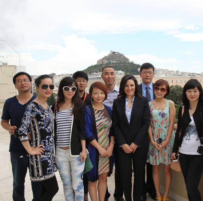 Eπίσκεψη των Κινέζων δημοσιογράφων στην Υπουργό Πολιτισμού, Όλγα Κεφαλογιάννη