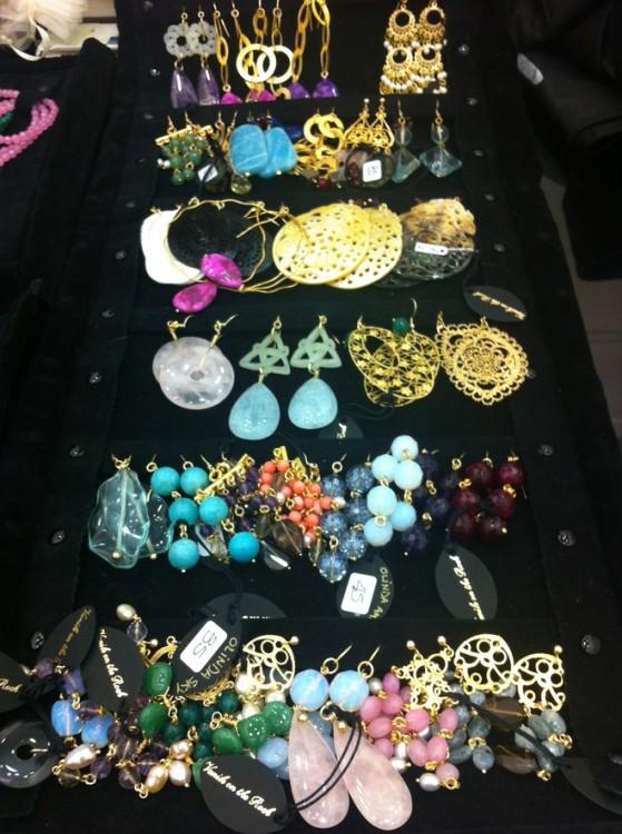 Τα κοσμήματα μας, όλες οι υπέροχες πέτρες της Vanile on the Rock!