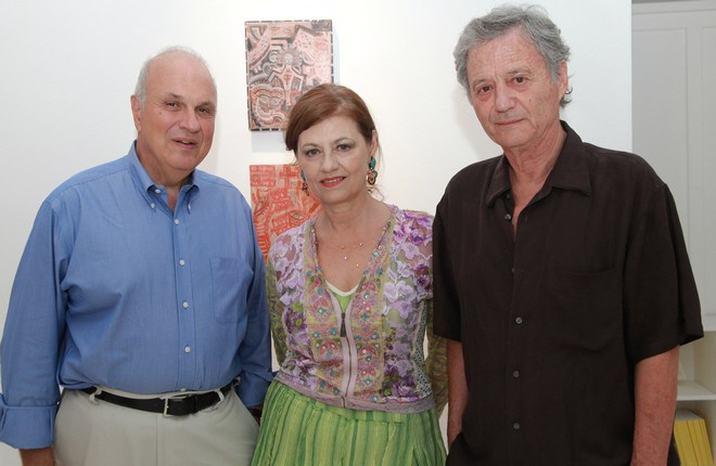 Ο Πρόεδρος του Κολλεγίου Αθηνών-Ψυχικού και καθηγητής στο Harvard , Σπύρος Πολλάλης με τον Γιάννη και την Ρόη Ψυχοπαίδη