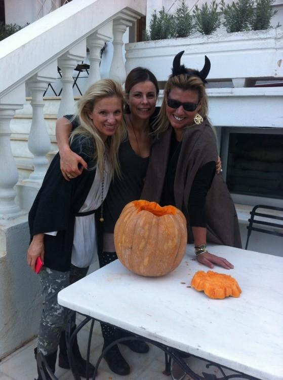 Halloween girls...