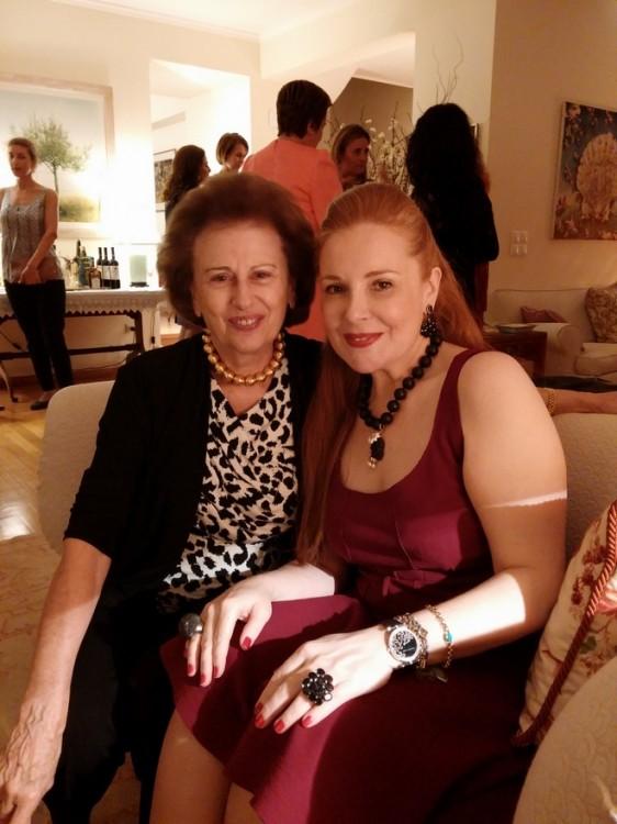 Η οικοδέσποινα των στιγμών μας, Λίλα Λαλαούνη με την Ειρήνη Νταϊφά