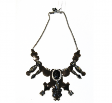 Jel Effect Statement Necklace