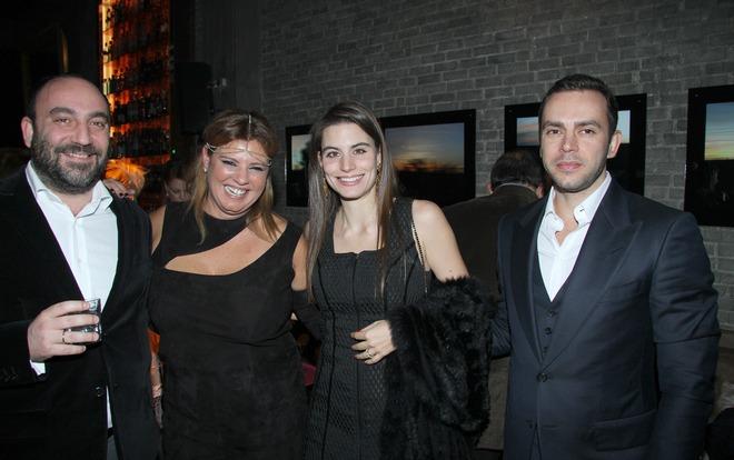 Με τον Νικόλα Κατσαρό και την Λάουρα και τον Γιάννη Δράγνη