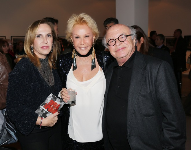 Η πρωταγωνίστρια της βραδιάς με την Εύη και τον Γιάννη Κυριακόπουλο