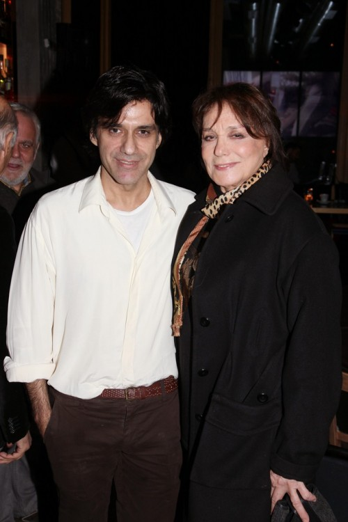 Ο συγραφέας με την μητέρα του, Μπέτυ Αρβανίτη