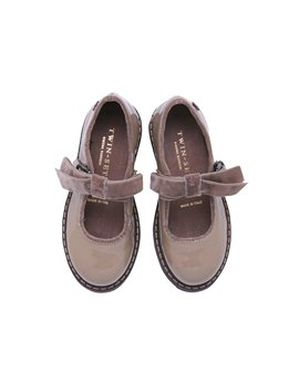 Girls Beige Patent Leather Shoe with Bow Strap