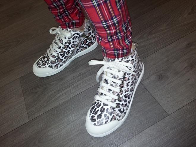 Zip Lace Gobi Leo Sneakers