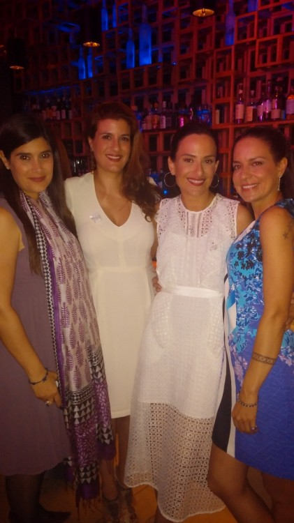 Best friends: Μιρένα Χατζηβασιλείου, Μαριλίτα Χατζηβασιλείου, Eμμανουέλα Λύκου, Μαρία Ελένη Λύκου