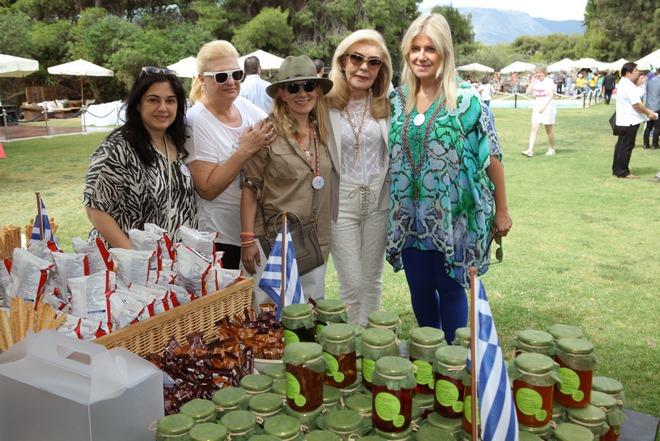 Έφη Έλληνα, Μπέκη Στραβελάκη, Τζωρτζίνα Έλληνα, Μαριάννα Β. Βαρδινογιάννη, Αλίνα Μινέττα