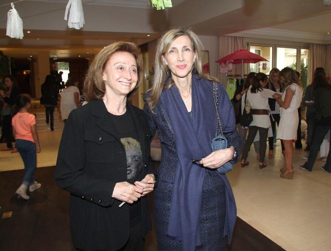 Νέλλη Δόξα, Ρούλα Τσουκαλά