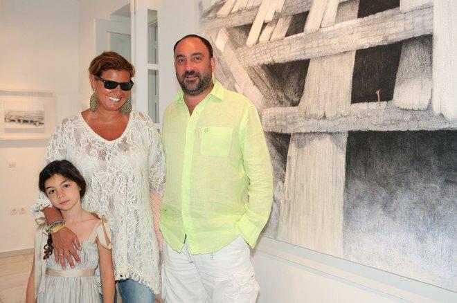 Με τον Νικόλα και την Ελμίνα