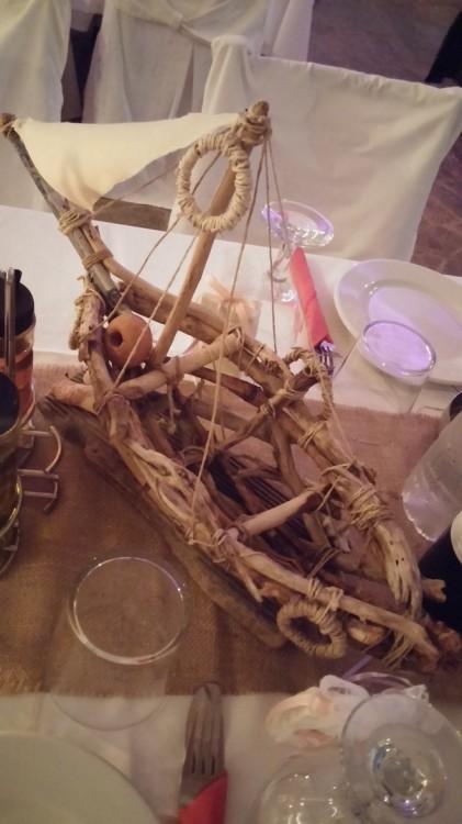 Art de la table, από τους κέρους της παραλίας, από τα χέρια του πατέρα του γαμπρού...