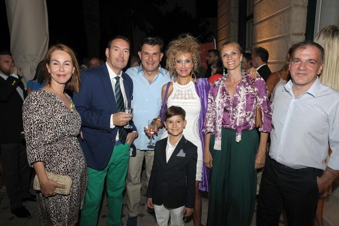 Το ζεύγος Δημήτρη Περπατάρη, Γιώργος και Μαρία Γλου, Nigel Dean, Νανά Βενέτη-Dean