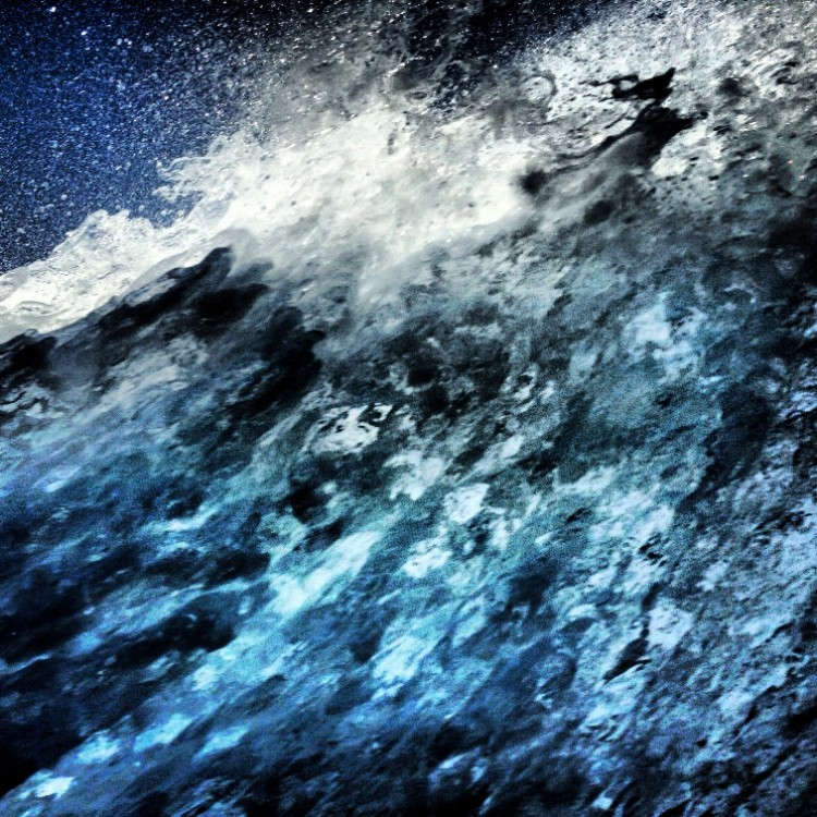Μαρίνα-Βερνίκου_mvernicos_the-waves