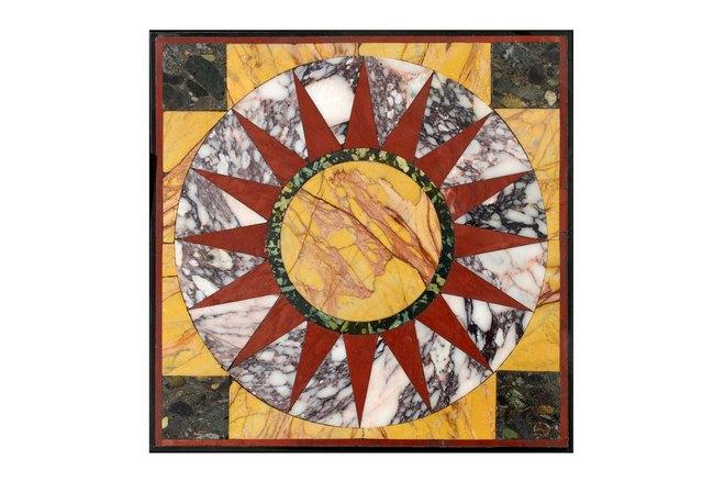 1. Πανό με σύνθεση Μεσογειακών μαρμάρων, εμπνευσμένο από τη Villa Adriana