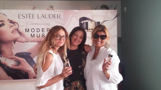 Με την Τζούλια Κυριλή και την Caryn Khoury