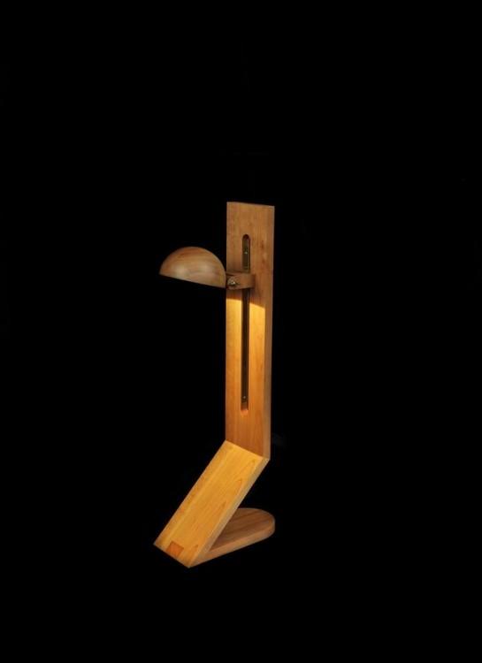 2. Monaca Piccola, 1975. Edition of 30. Φωτιστικό από ξύλο κερασιάς και ορείχαλκο