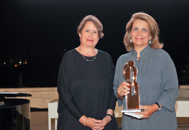 Δρ. Κατερίνα Τόμας, Εβίτα Αράπογλου