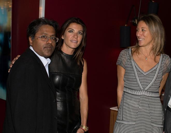 O ινδός μεγαλοεπιχειρηματίας & συλλέκτης Lulit Modi, Μαρίνα Βερνίκου,  Micaela Dapretto.