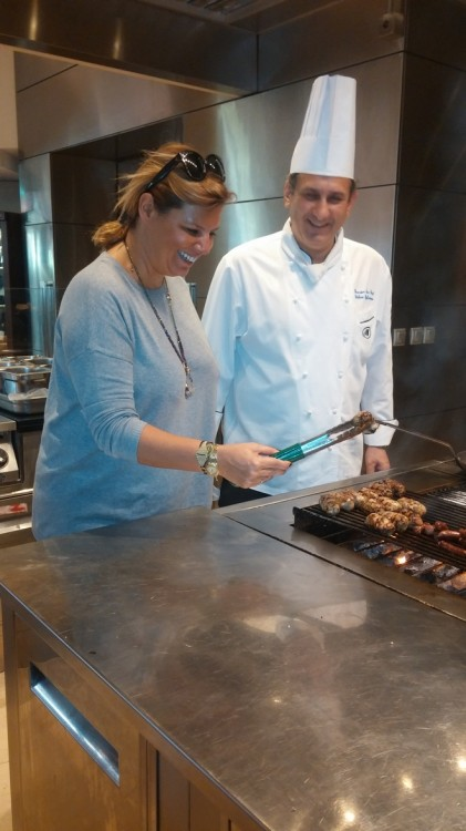 Grilling Sheftalies with Hilton's chef Stylianos Stylianou! 400 grm mince meat (pork), 50gr chopped onions, handfull chopped parsley, pinch of cinammon powder (optional), salt & pepper, 40 gr maie de pain, net fat (mpolia)...ποστάρω κατευθείαν την συνταγή στους φίλους μου στο facebook...