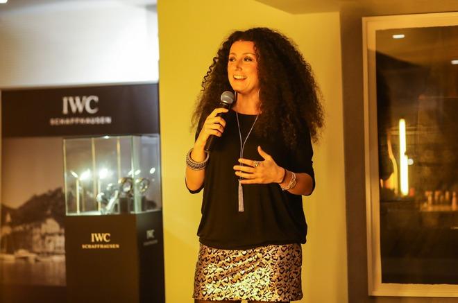Η Κατερίνα Βρανά ολοκλήρωσε τη βραδιά με stand-up comedy