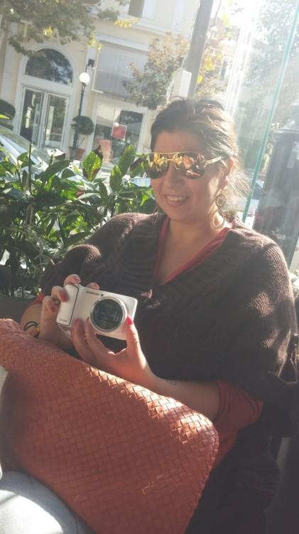 Η Σαμάνθα Αποστολοπούλου με την φα-ντα-στι-κή της κάμερα!
