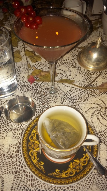 Cocktail Cointreau Fizz or Earl Grey? Both!!!!