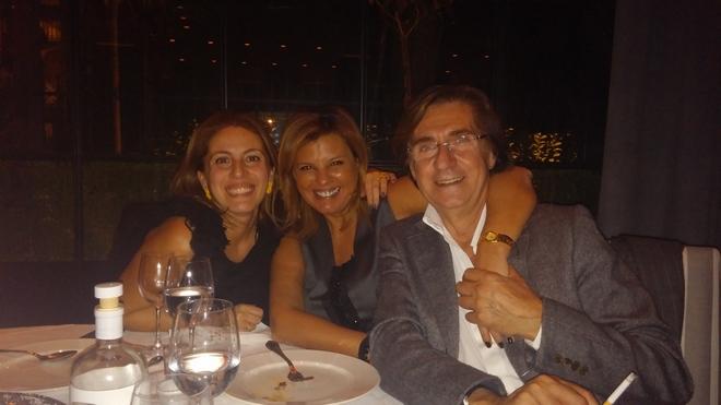 Με την Μαρίλυ Καλαβρού και τον Χάρη Τσιμόγιαννη