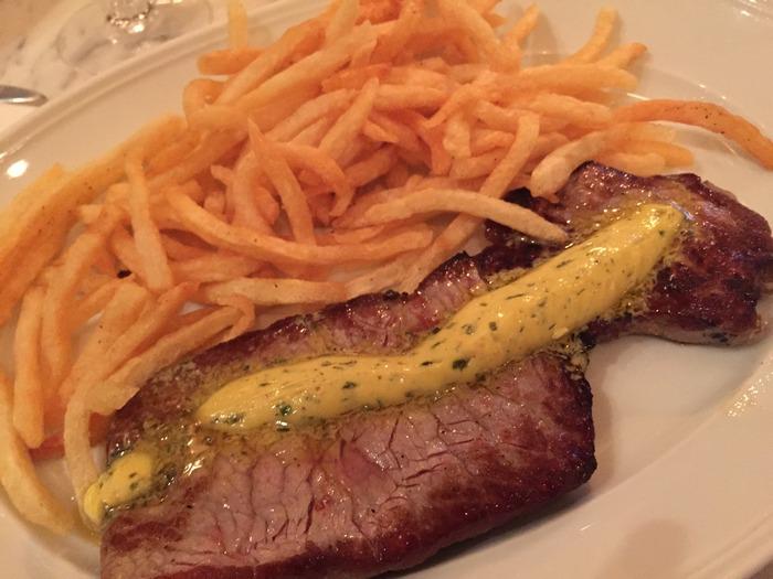 Entrecote grillees Cafe de Paris, pommes frites...