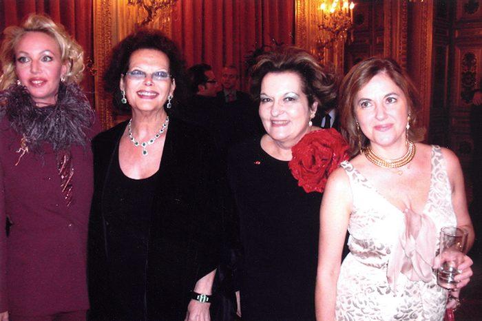 Πριγκίπισσα Camila de Bourbon, Gina Lollobrigida, Μέρω Κεσσεσίογλου, Μαρκέλλα Παμούκογλου