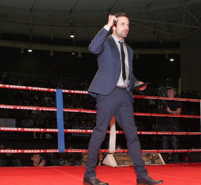 Τη βραδιά παρουσίασε ο Γιώργος Λιανός ενώ πλήθος επώνυμων φίλων του Μιχάλη Ζαμπίδη ήρθαν να παρακολουθήσουν τη διοργάνωση IRON CHALLENGE και τον αγώνα του Παγκόσμιου Πρωταθλητή
