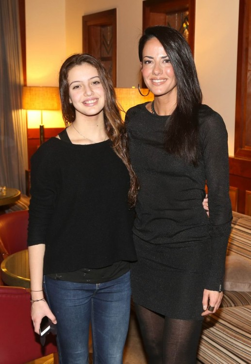 H Εύη Αδάμ με την κόρη της Δανάη, η οποία διαθέτει μία εκπληκτική φωνή που μας έκανε να ανατριχιάσουμε με την βραχνάδα της...
