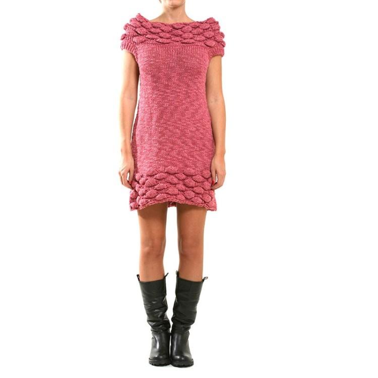 Knitted Bubbles Dress, από 105 ευρώ, τώρα 73,50 ευρώ