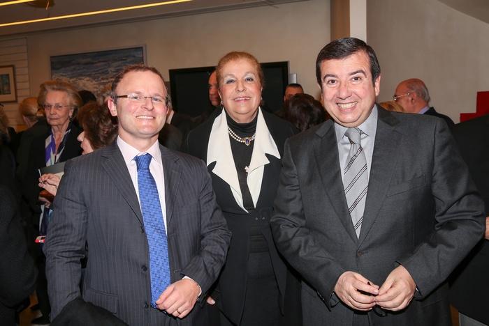 Ο Πρέσβης της Μ.Βρετανίας στην χώρα μας, John Kiitmer, Ρένα Λουμίδη, Τάκης Μαυρωτάς