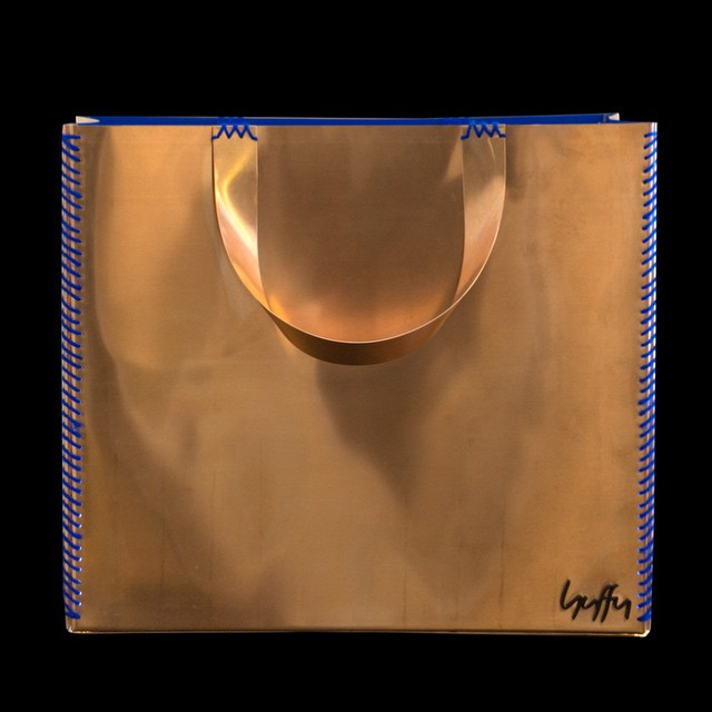 Jewelry designer Dimitris Huffy Stavropoulos! Tote bag turned in to a lamp, made of copper