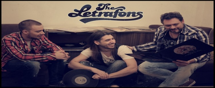 Οι Letrafons, που κανονικά εμφανίζονται live κάθε Τετάρτη, θα παίξουν και το Σάββατο unplugged από τις 20:00 έως τις 22:00 υπό το φως των κεριών δημιουργώντας μια αξέχαστη ατμόσφαιρα.
