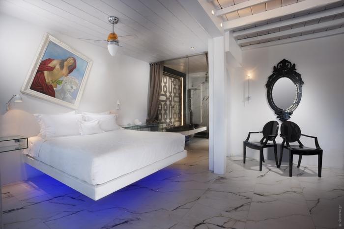 Kivotos, Suite-Interior