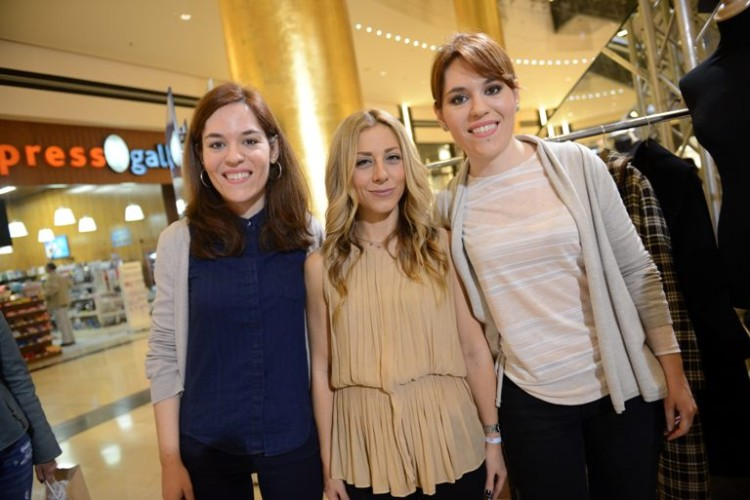 H beauty editor του JOY, Μίνα Μπιράκου με επισκέπτριες του Golden Hall
