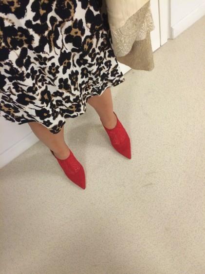Ακόμη όρθια πάνω στα high heels μου...