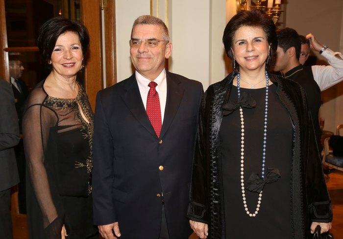Ντέμη Βερνίκου, Στάμος & Μαρία Στράτου