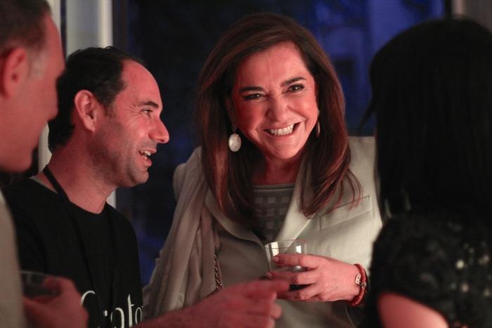 1. O CEO του Qrator, Nικόλας Ιωαννίδης με τη Βουλευτή της Νἐας Δημοκρατίας Ντόρα Μπακογιάννη.