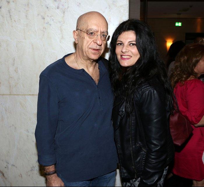 Πάνος Κοκκινόπουλος, Τάνια Τρύπη