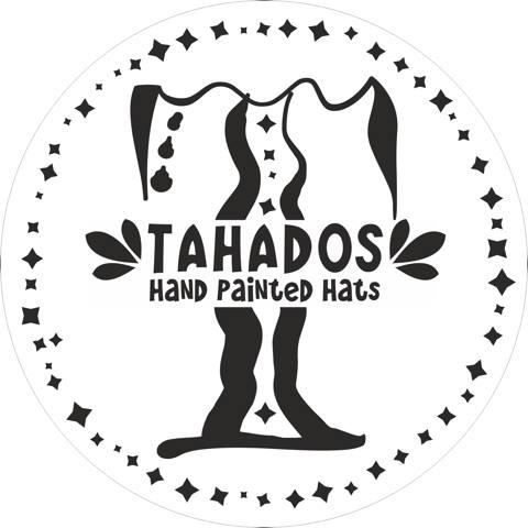 TAHADOS....Ψαθινα Καπελλα απο την Μαγαδασκαρη σε διαφορα σχεδια & χρωματα ζωγραφισμενα στο χερι απο διαφορετικους καλλιτεχνες...