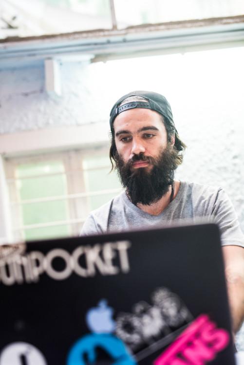 DJ John John